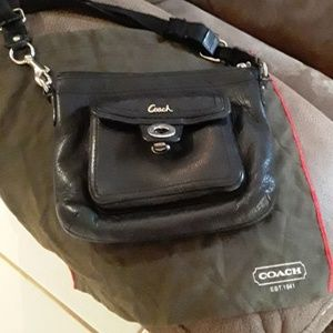 Vintage Coach purse little flare on the right side